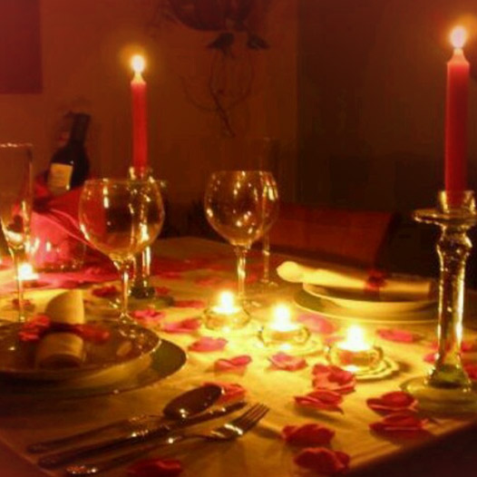 Romantic Candlelight Dinner For Two